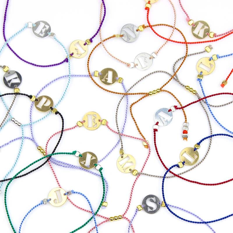 bracelets akira